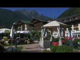 Mountain brunch - the weekly highlight at Stock ***** resort.