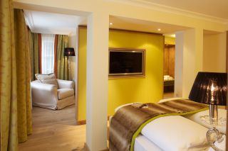- Wellness Suite – Suite Royal