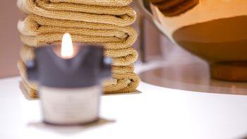 Massage aux pierres chaudes    50 minutes