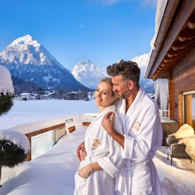 Offer: Mid-week wellness special with a free wellness voucher - Das Karwendel - Ihr Wellness Zuhause am Achensee