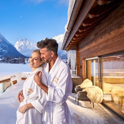Offre: Offre bien-être milieu de semaine, bon cadeau à valoir à l'espace bien-être inclus - Das Karwendel - Ihr Wellness Zuhause am Achensee