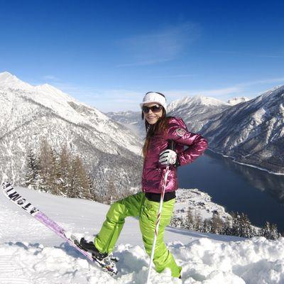 Offer: Alpine skiing hit with a regional ski pass - Das Karwendel - Ihr Wellness Zuhause am Achensee