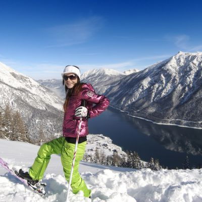 Offre: Offre ski alpin, forfait de ski régional inclus - Das Karwendel - Ihr Wellness Zuhause am Achensee