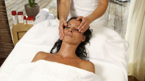 """""""Free your mind""""Facial treatment"""