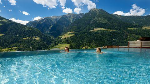 Schwimmtraining für Erwachsene und fortgeschrittene Kinder