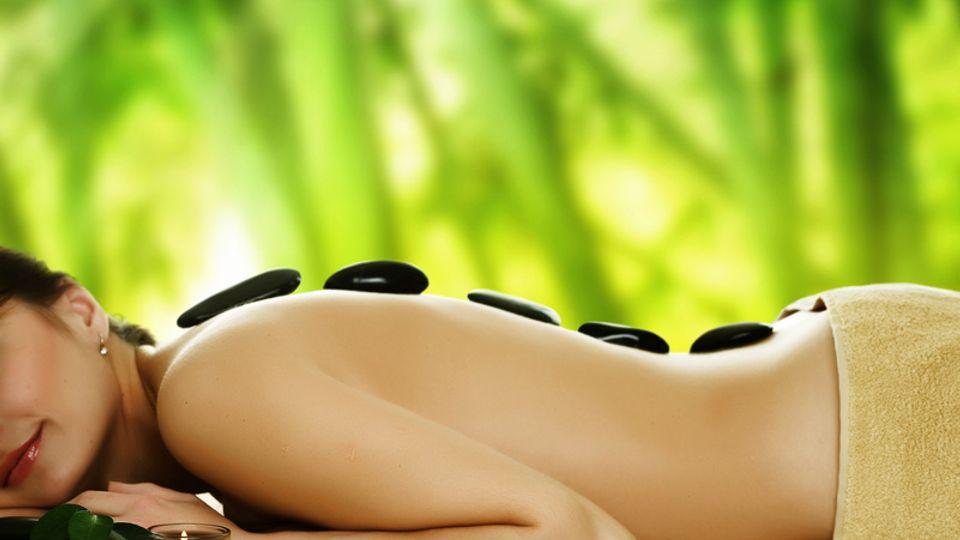 Massage du dos Hot Stone ( aux pierres chaudes)