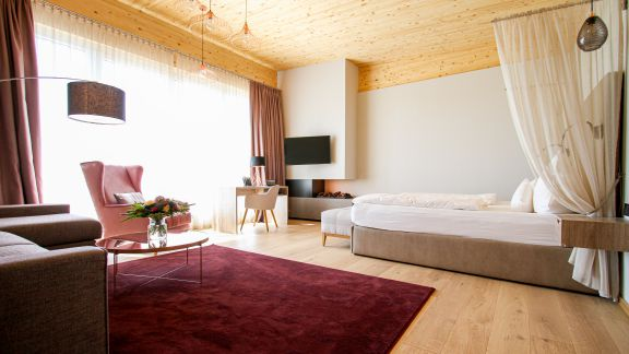 Penthouse-Suite Traubennestl 1/5 - PFALZBLICK WALD SPA RESORT