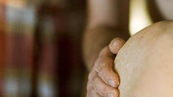 Aroma-Salz-Peeling & Pflegepackung im warmen Wasserbett