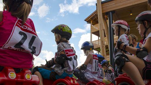 Sportliche kleine und große Ulrichshof-Gäste haben die Wahl zwischen Zahlreichen Angeboten.