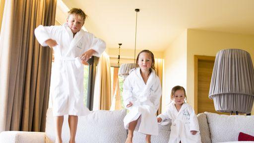"""Ganz nach unserem Konzept """"Wellness für Kinder und Familie mit Kinderbetreuung"""""""