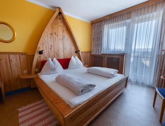 Comfort room panorama view - Biolandhaus Arche
