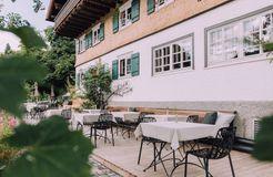Biohotel Chesa Valisa: Terrasse - Das Naturhotel Chesa Valisa, Hirschegg/Kleinwalsertal, Vorarlberg, Österreich