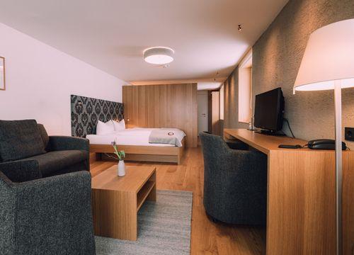Biohotel Chesa Valisa Hirschegg Zimmer Ringelblume Komfort (1/6) - Das Naturhotel Chesa Valisa