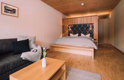 Biohotel Chesa Valisa Hirschegg Zimmer Königskerze Komfort (3/6) - Das Naturhotel Chesa Valisa