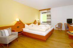 "Double Room ""Meadow"" BASIC (3/5) - Biohotel Eggensberger"