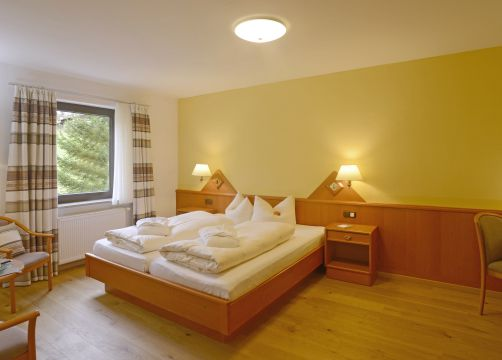 "Apartment ""North"" BASIC (1/4) - Biohotel Eggensberger"