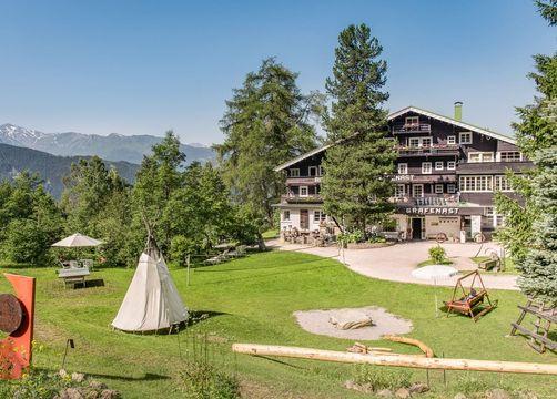 Biohotel Grafenast: Hotel im Sommer - Biohotel Grafenast, Pill / Schwaz, Tirol, Österreich