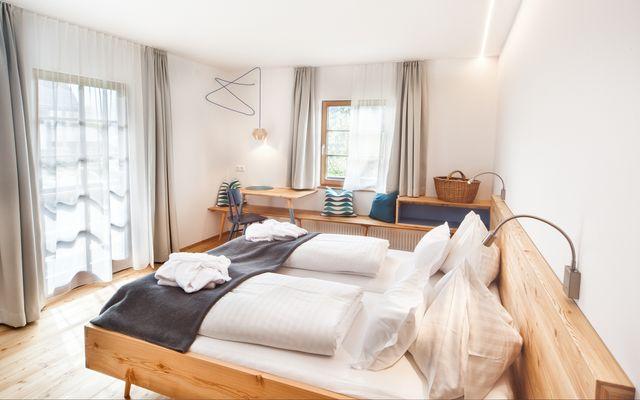 Biohotel Gralhof: Doppelzimmer mit Seeblick