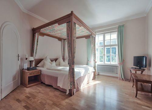 Suite per matrimoni con vista lago (1/3) - Schlossgut Oberambach