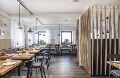 Biohotel Rose: Modernes Restaurant mit feinsten Köstlichkeiten - Bio-Hotel und Restaurant Rose, Hayingen-Ehestetten, Baden-Württemberg, Deutschland