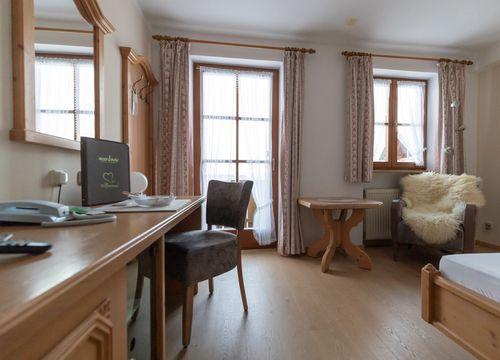 "Comfort Single Room ""Holunder"" with Balcony (1/4) - moor&mehr Bio-Kurhotel"