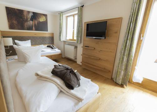 Twin room mint with south-facing terrace (1/1) - moor&mehr Bio-Kurhotel