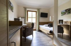 Single room mint with balcony (3/4) - moor&mehr Bio-Kurhotel