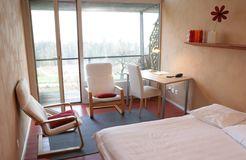 Biohotel L'Aubier Eco-Hotel: Zimmer - L'Aubier, Eco-Hôtel, Montezillon, Neuenburg, Schweiz