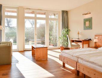 """Doppelzimmer """"Sonne"""" - Hotel Gutshaus Parin"""