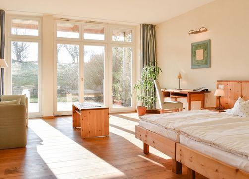 Biohotel Parin Zimmer Sonne (1/4) - Hotel Gutshaus Parin