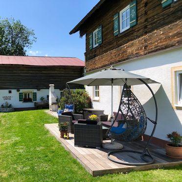 Göglgut, Gemütliche Lounge mit Kräutergarten