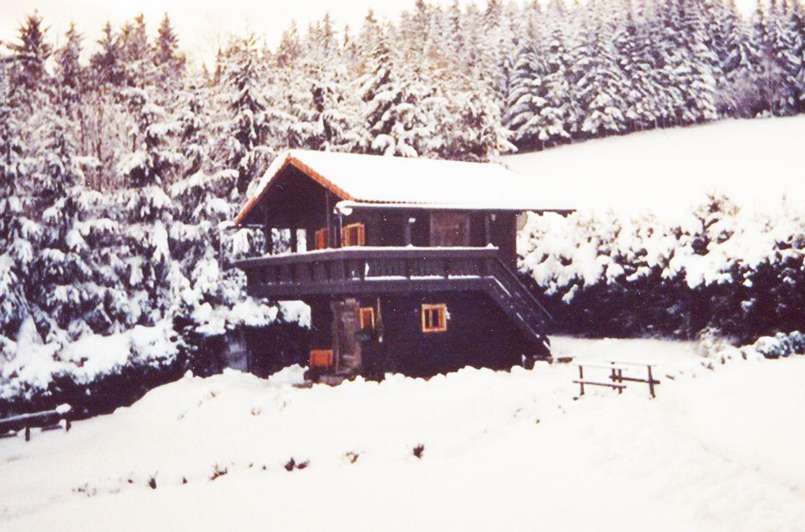 Gimpi Hütte, Frontansicht