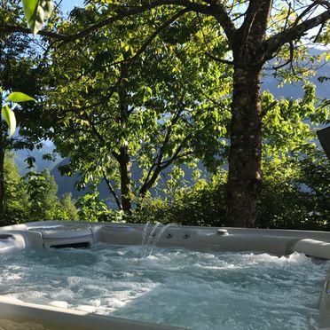 Whirlpool , Luxus-Chalet Mühlermoos, Ramsau im Zillertal, Tirol, Tirol, Österreich
