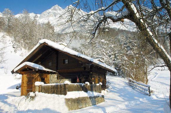 Winter, Zetzenberghütte in Werfen, Salzburg, Salzburg, Austria