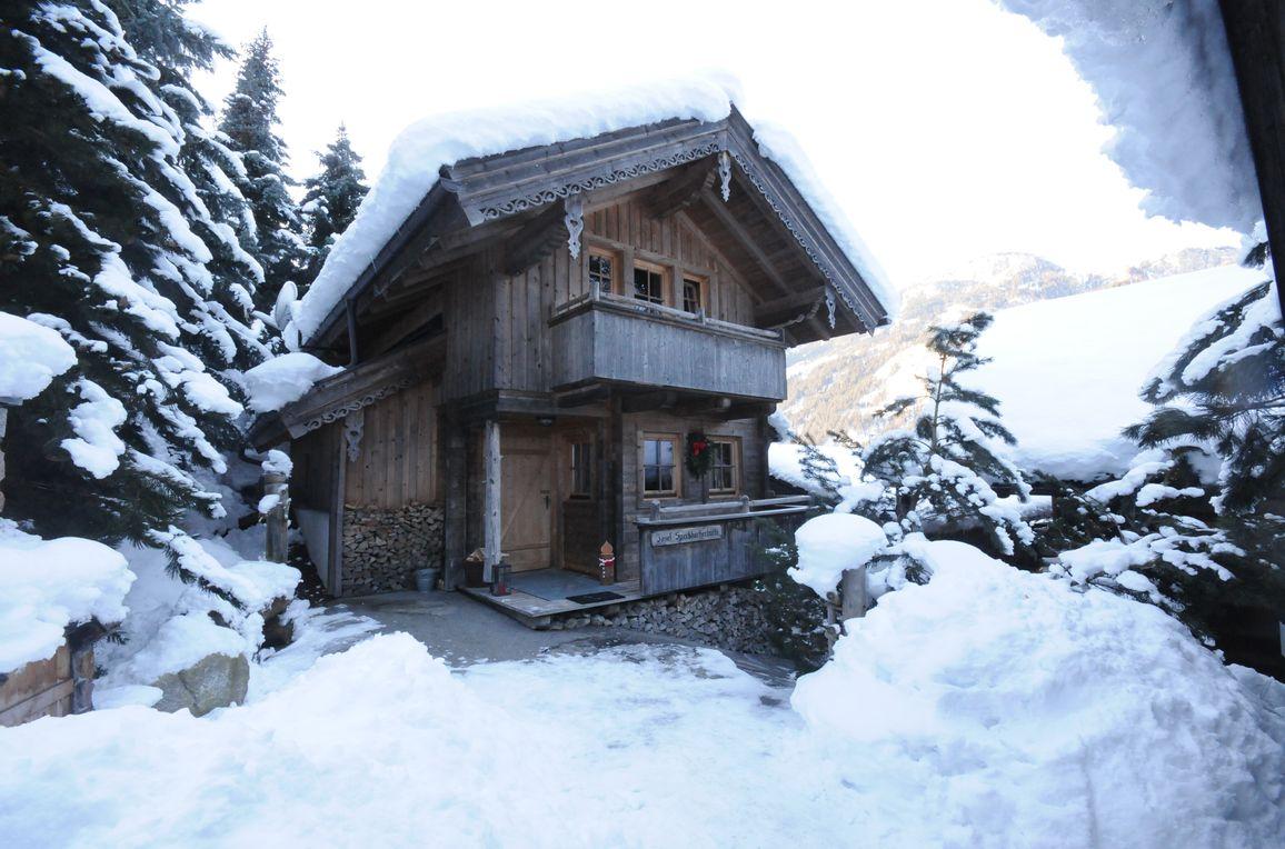 Josef-Speckbacher-Hütte, Winter
