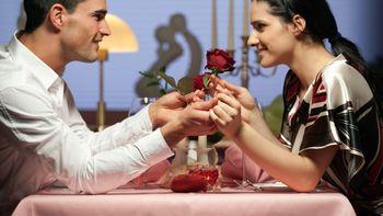 Liebevolles Verwöhnwochenende für zwei Romantiker ...