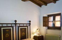 Girasole (2/4) - Weingut & Biohotel La Pievuccia
