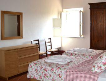 Apartment No. 3 / price per week - Bio-Agriturismo Il Cerreto