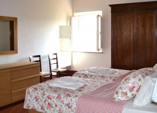Apartment No. 3 / price per week (1/4) - Bio-Agriturismo Il Cerreto