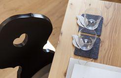 Biohotel Pennhof Zimmer Laureus Detail Gläser (8/12) - Pennhof