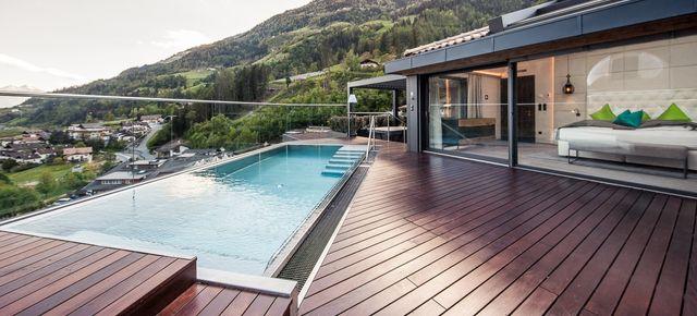 Last Minute: Sky Chalet con piscina, jacuzzi e sauna privata -50%