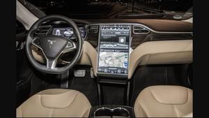 Essais de la Tesla de Schwarzbrunn