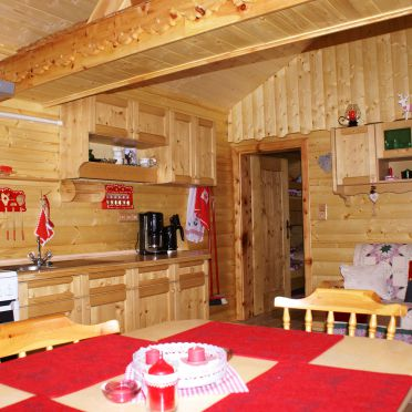 Wohnraum, Almwiesenhütte in Mörtschach, Kärnten, Kärnten, Österreich