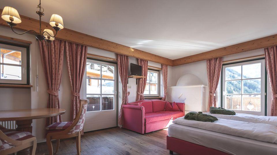 Camera Matrimoniale In Pino.Camere E Suite Dolomit Family Resort