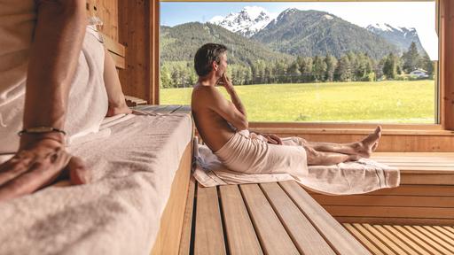 Biohotel Holzleiten Sauna mit Ausblick