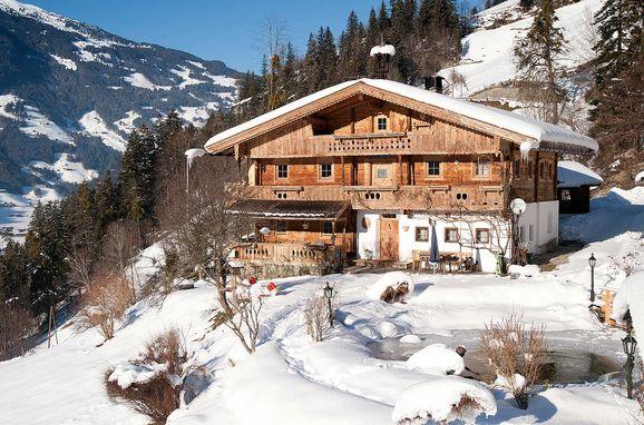 Winter, Bergchalet Klausner Kuschelsuite in Ramsau im Zillertal, Tirol, Tyrol, Austria