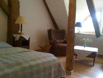 "Double room ""small lake view"" - Haus am Watt"