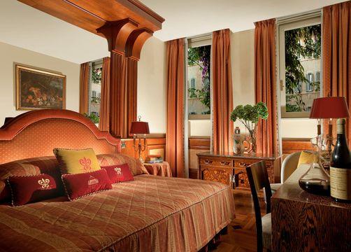 Classic Deluxe Room (1/1) - Hotel Raphaël