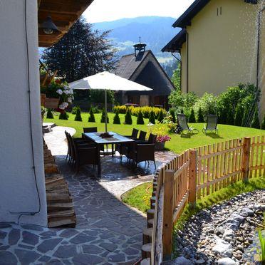 Gartenmöbel, Almchalet am Hochkönig, Mühlbach am Hochkönig, Salzburg, Salzburg, Österreich