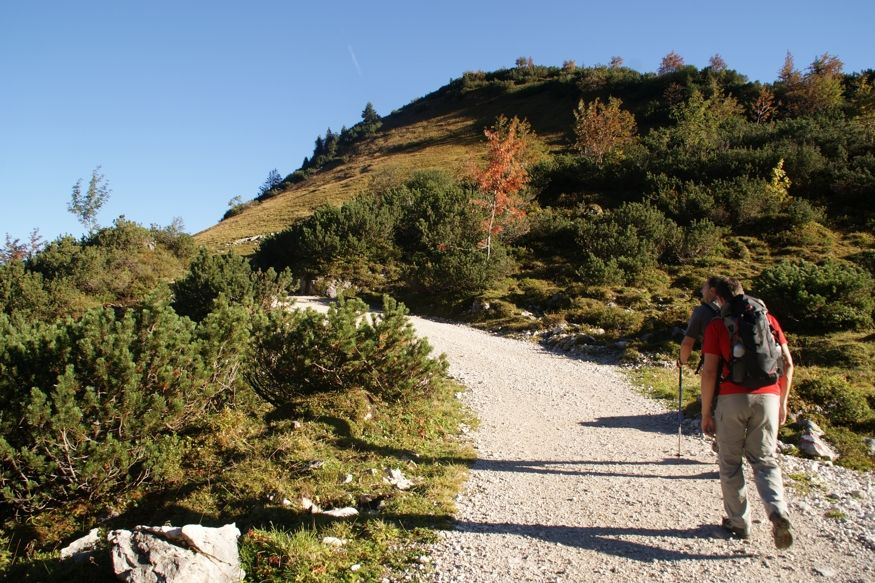 Autumn hiking in the Karwendel Nature Park | 3 nights